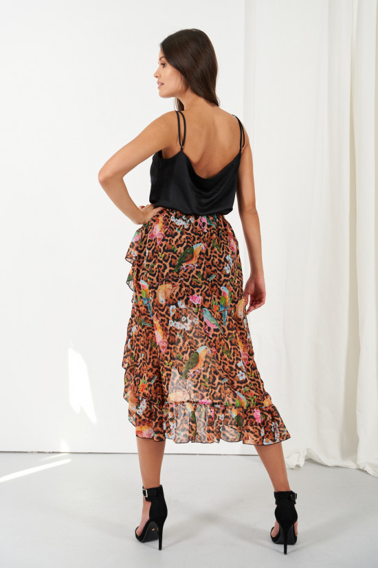 A silk blend skirt with a shorter front and a frill Amora exotic 2