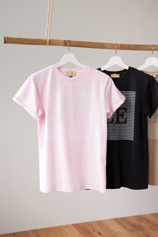 Cotton t-shirt with LE Indusrty print powder pink