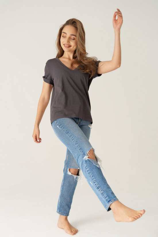 T-shirt with rolled up sleeves and V-neck Taylor graphite