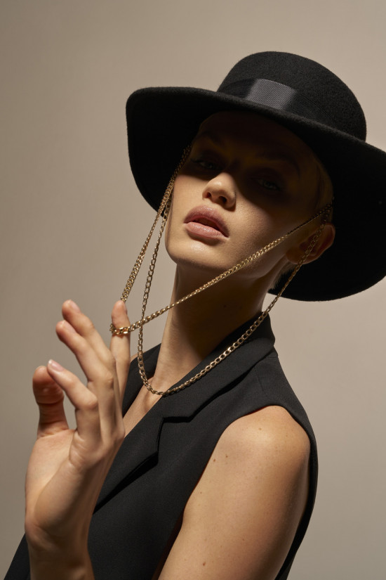 Wool canotier hat with chain JANE black
